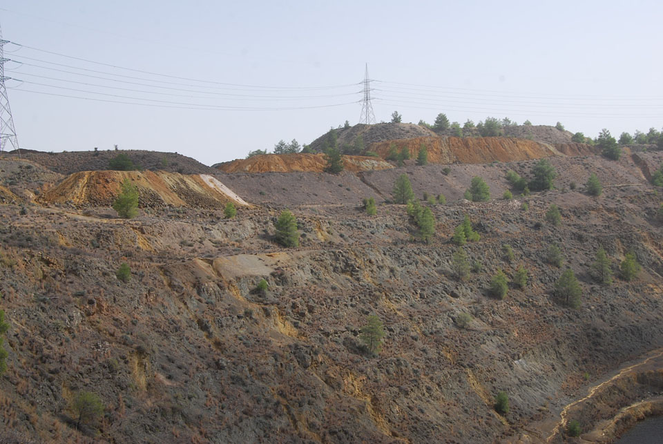 N. Mathiatis – Dumps above eastern pit wall